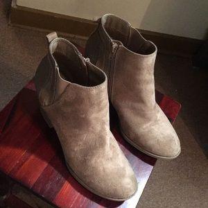 Womans booties